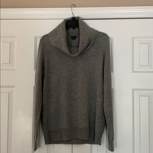 Theory gray cashmere turtleneck sweater